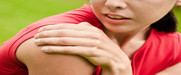 Shoulder-Injury--Sportswoman--9178706